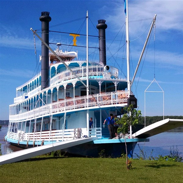 Riverboat Bliss by Butler Motor Tours