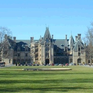 Biltmore Christmas by Butler Motor Tours