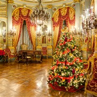 Newport's Gilded Age Christmas by Lenzner Tours